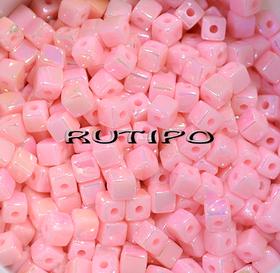 Бусина акриловая Куб, Pink AB, 4мм, шт