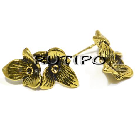 Гвоздики Цветы под золото 22*15*14мм, пара