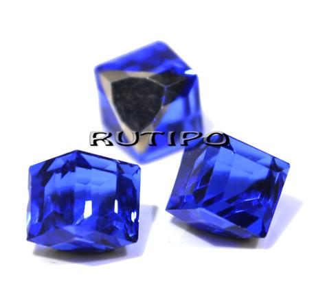 Куб кришталевий Blue 8мм, шт