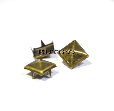 "Заклепка ""Піраміда"" під бронзу, 7 * 7 мм, шт."
